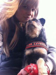Rebecca Rudhe med sin hund